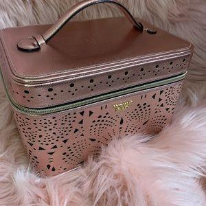 VS cosmetic bag